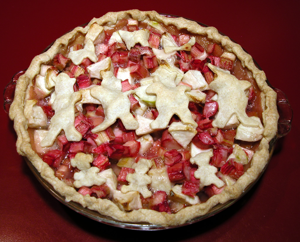 Strawberry Rhubarb Pie with Cookie Cutter figures